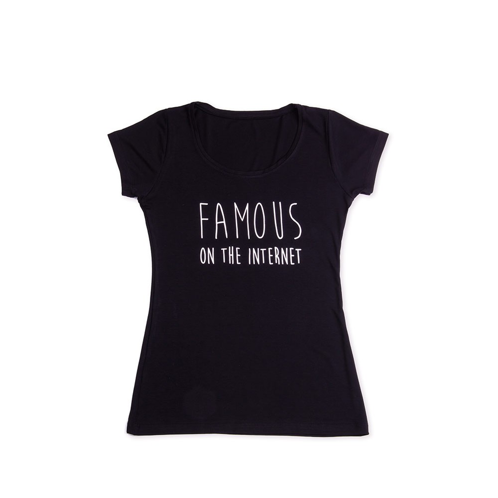 Camiseta Famous On The Internet