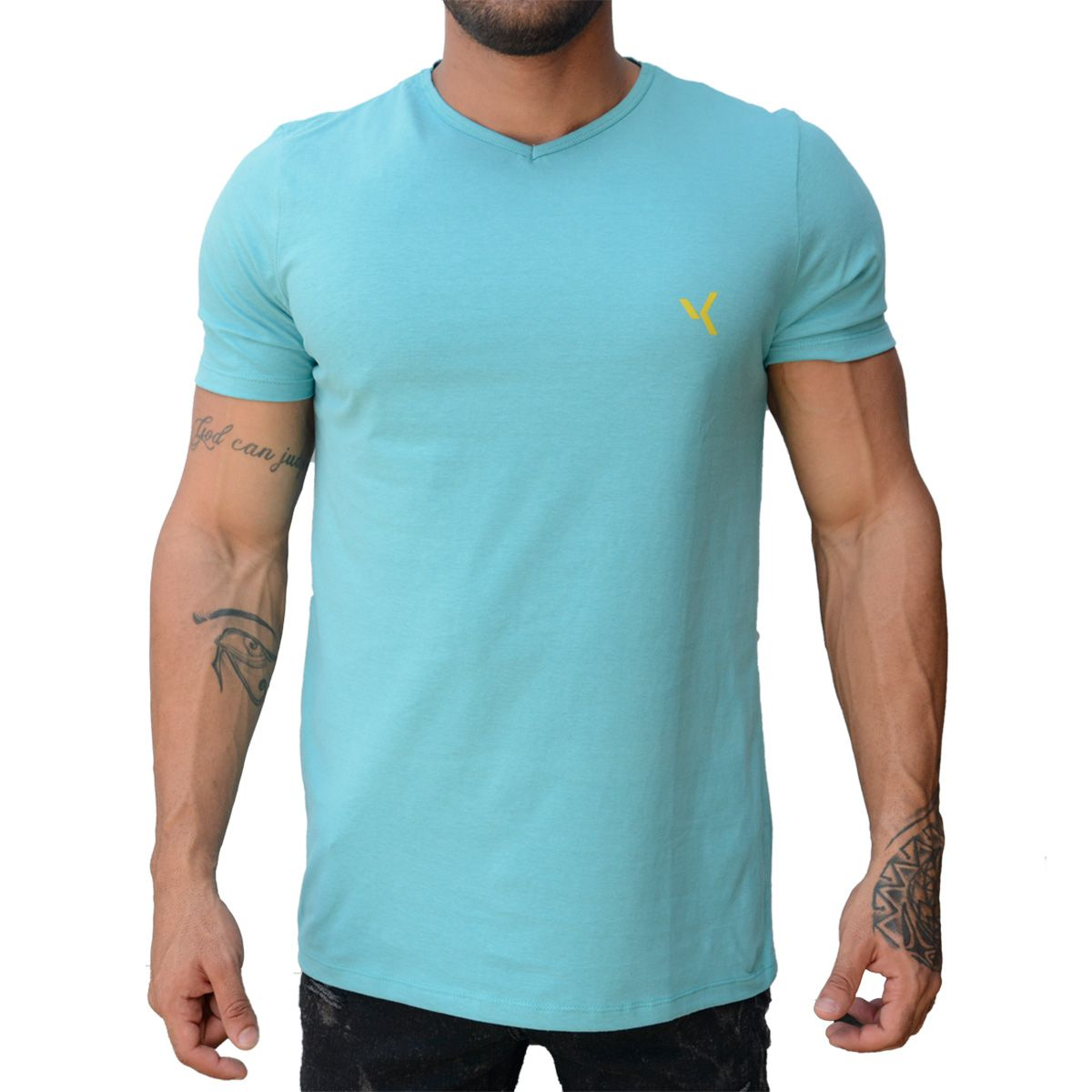 2c7f22f17c Camiseta Básica Gola V Azul Claro - VK by VK