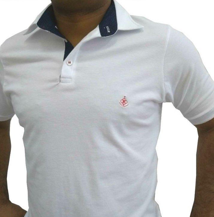 eb8dc6804840c ... Camisa Polo Masculina Branca Detalhe Azul Poá - Fiopoá Camisaria ...