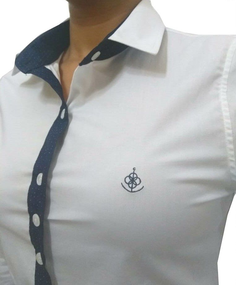 Camisa Social Feminina Slim Branca Detalhe Poá Algodão Egípcio - Fiopoá  Camisaria ... f40f967849453