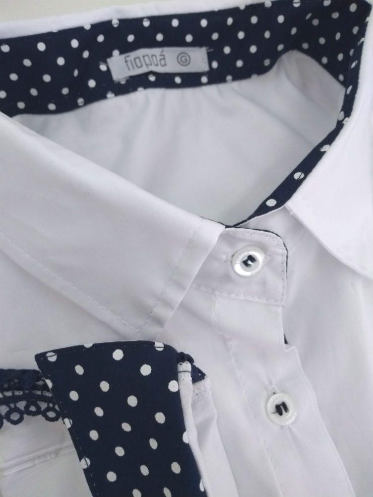 17d71b06042b1 Camisa Social Feminina Tradicional 3 4 Branca Detalhe Azul Poá e Renda  Algodão Egípcio. Image description · Image description ...
