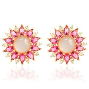 Brinco Flor Cabochão Semijoia em Ouro Rosé 18K com Zircônia Branca e Cristal Rosa Safira