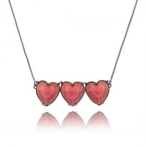 Colar com 3 Pingentes de Coração Rubi Grandes Semijoia da Moda em Ródio Negro