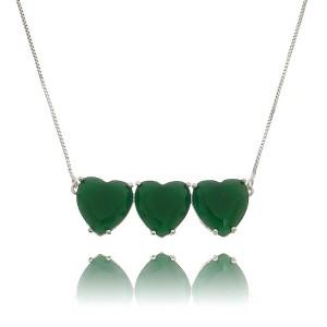 Colar Corações Prata Verde Esmeralda Semijoia Fina em Ródio Branco