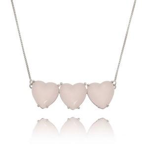 Colar Corações Quartzo Rosa Leitoso Semijoia em Ródio Branco