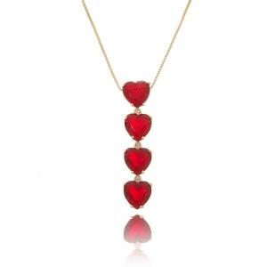 Colar Gravatinha Dourado Coração Rubi Vermelho Semijoia em Ouro 18K com Zircônia Branca Brilhante