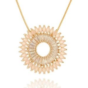 Mandala de Zircônias Quartzo Rosa Leitoso e Branca Brilhante Semijoia em Ouro 18K