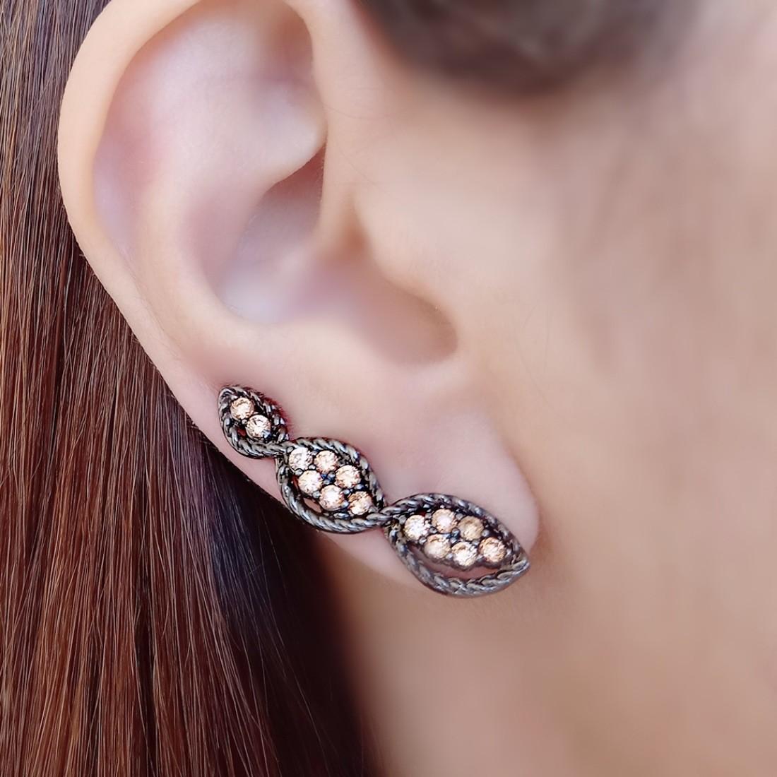 Brinco Ear Cuff Trançado Semijoia em Ródio Negro com Zircônia Citrino  - Soloyou