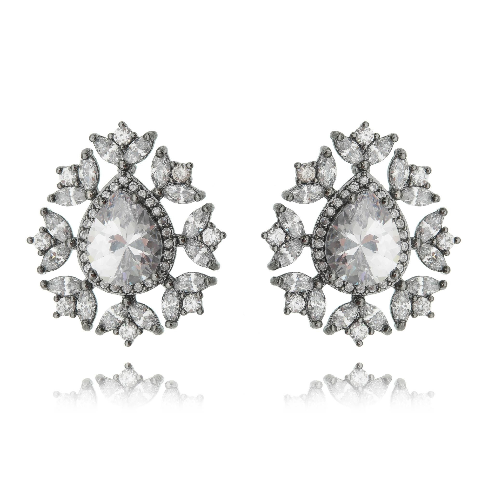 Brinco Luxuoso Cristal Zircônias Semijoia Fina em Ródio Negro  - Soloyou