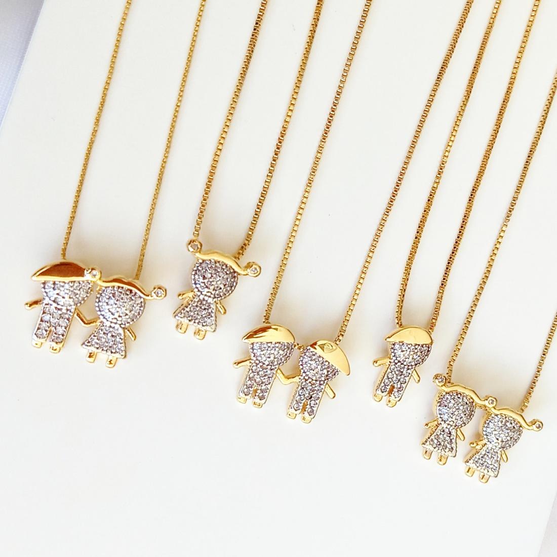 Colar 2 Meninas de Zircônia Branca Luxo Semijoia Ouro 18K  - Soloyou