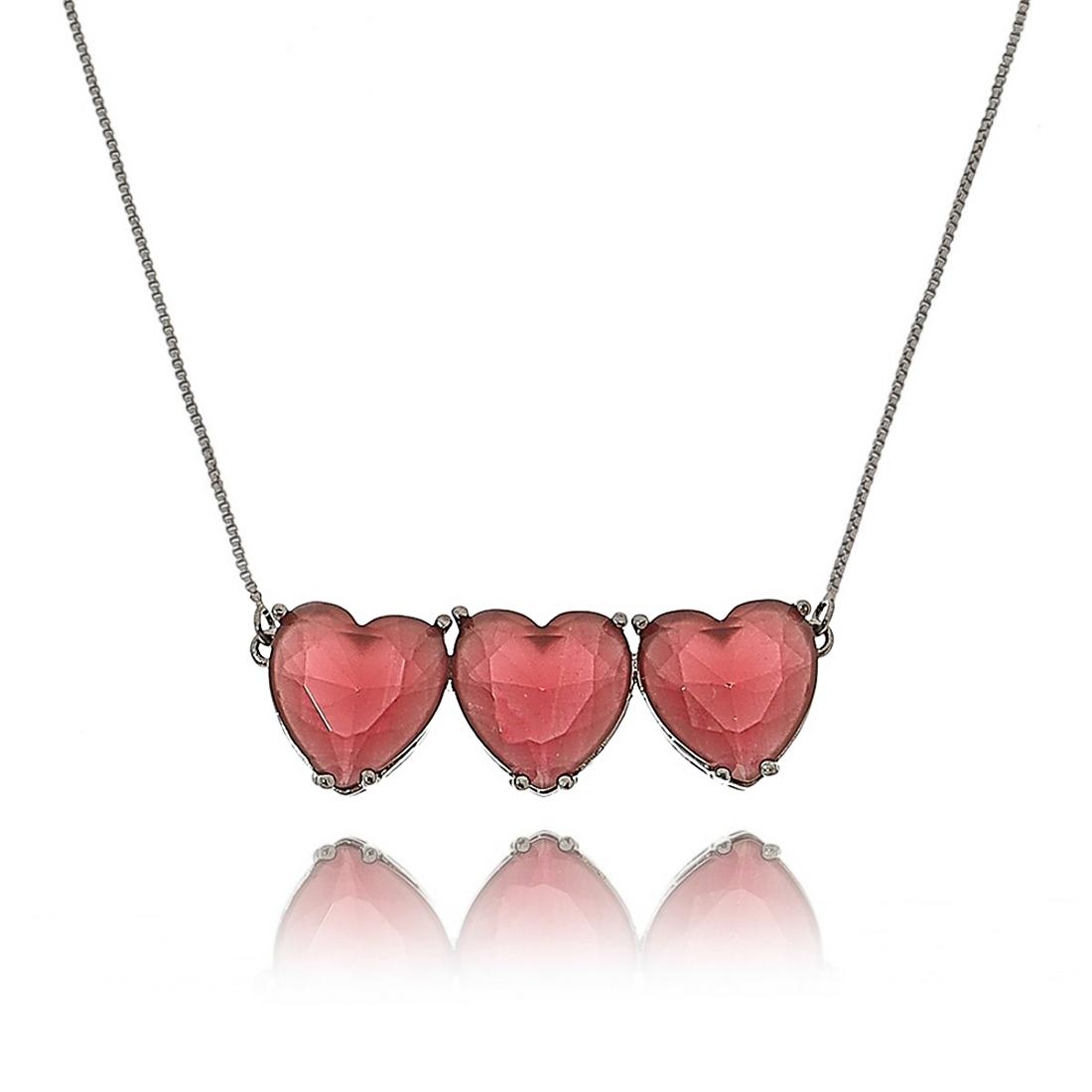 Colar com 3 Pingentes de Coração Rubi Grandes Semijoia da Moda em Ródio Negro  - Soloyou