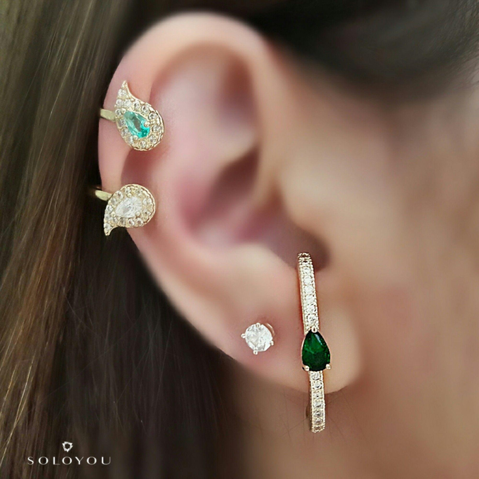 Ear Hook Brinco da Moda Gota Esmeralda e Zircônia Branca Brilhante Semijoia em Ouro 18K  - Soloyou