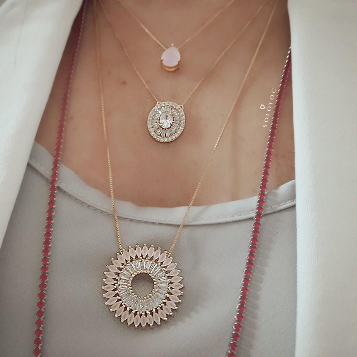 Mandala de Zircônias Quartzo Rosa Leitoso e Branca Brilhante Semijoia em Ouro 18K  - Soloyou
