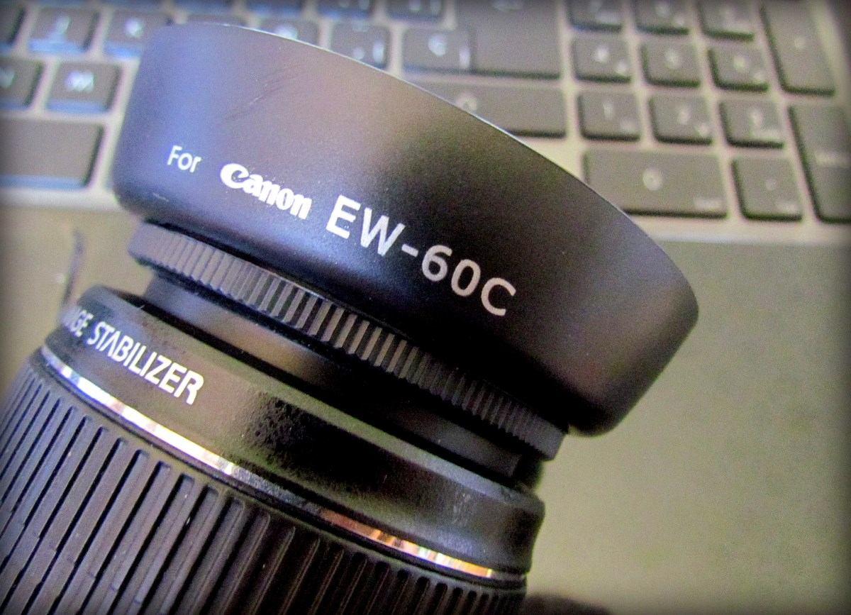 Parasol Canon EW-60C Canon EF-S 18-55mm f/3.5-5.6 IS Canon EF-S 18-55mm f/3.5-5.6 IS II Canon EF 28-80mm f/3.5-5.6 II Canon EF 28-80mm f/3.5-5.6 III Canon EF 28-80mm f/3.5-5.6 IV Canon EF 28-80mm f/3.
