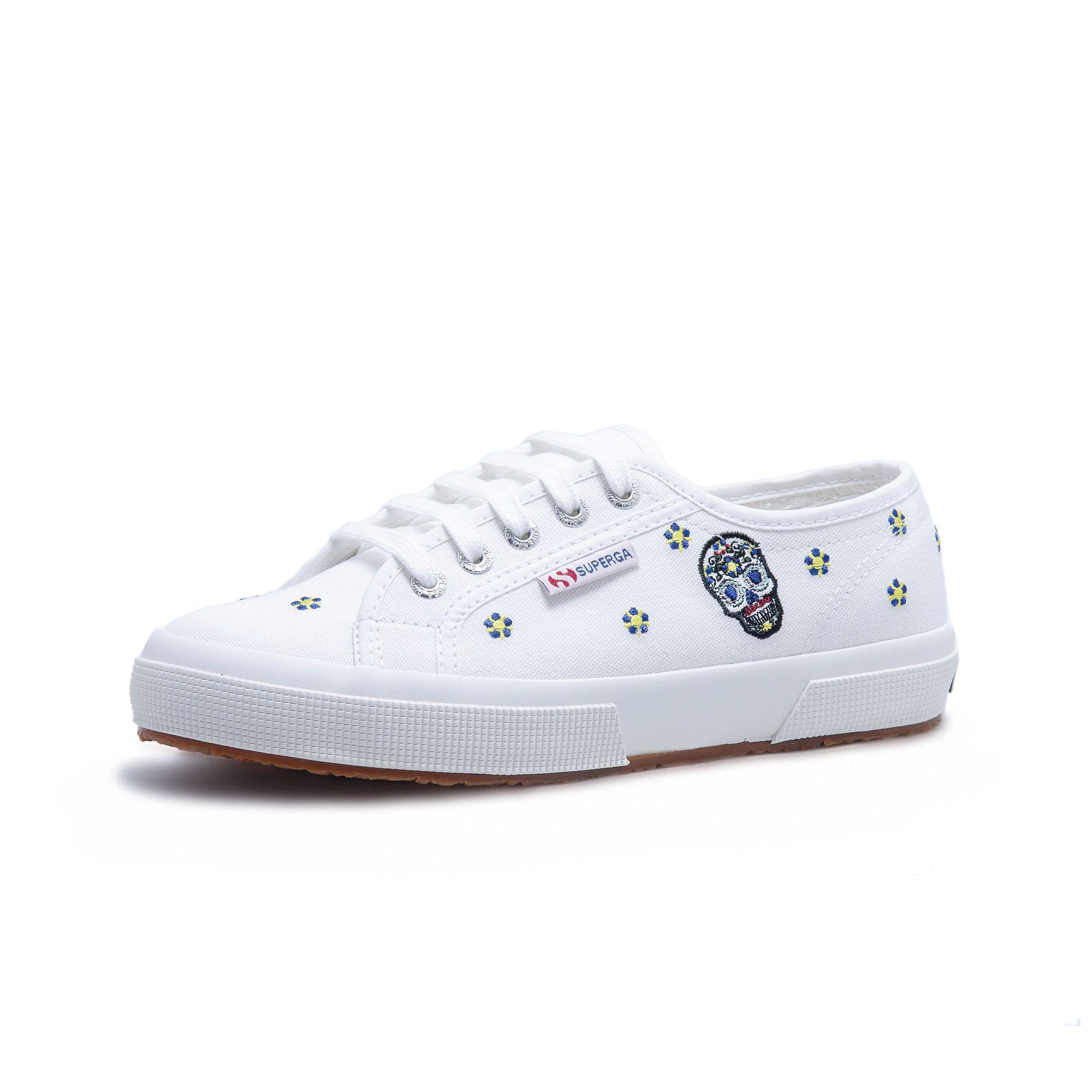 2750 COTW DANIELA BO WHITE