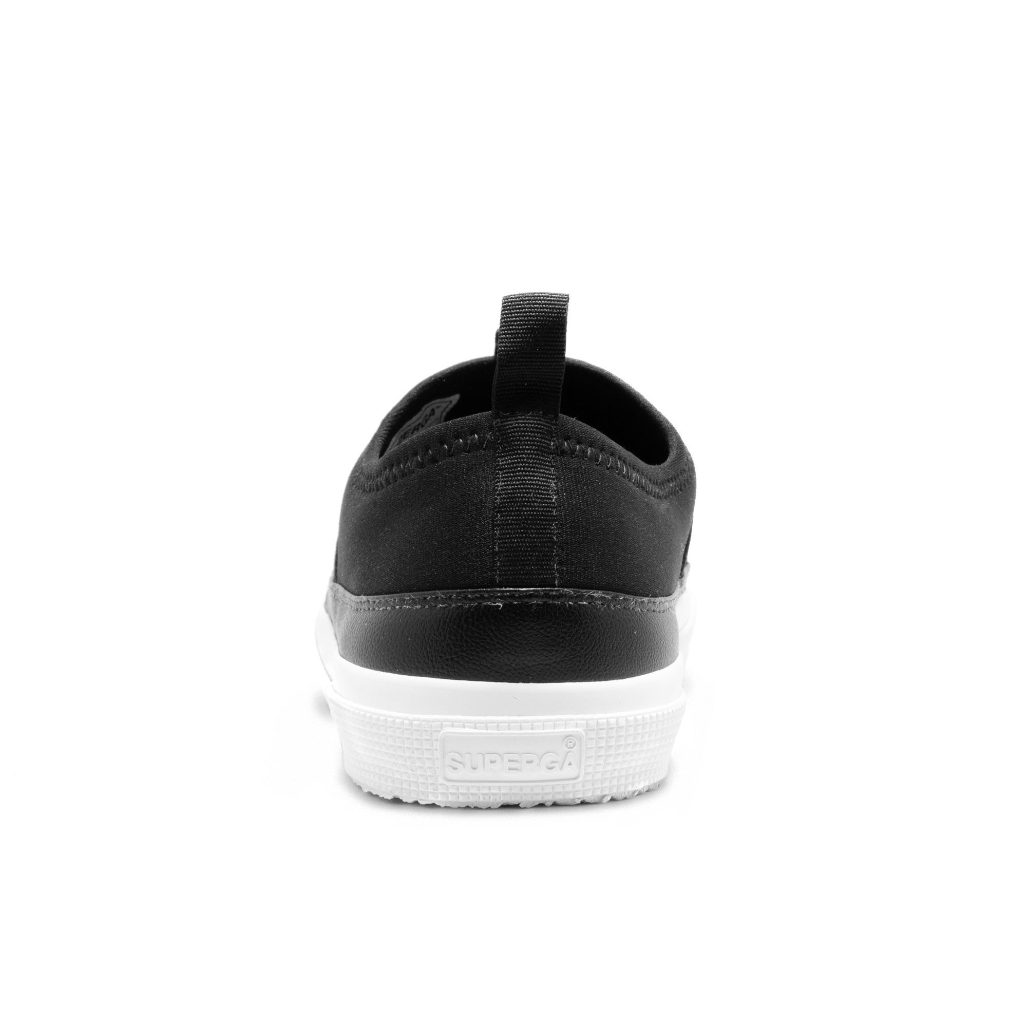 2750 NEO SLIP ON BLACK