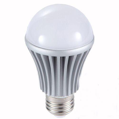 Lâmpada Led Bulbo 7W Branco Puro Bi-Volt