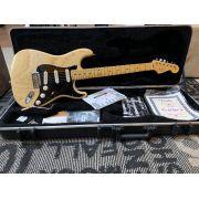 Guitarra Fender FSR American Standard Stratocaster Natural Ash
