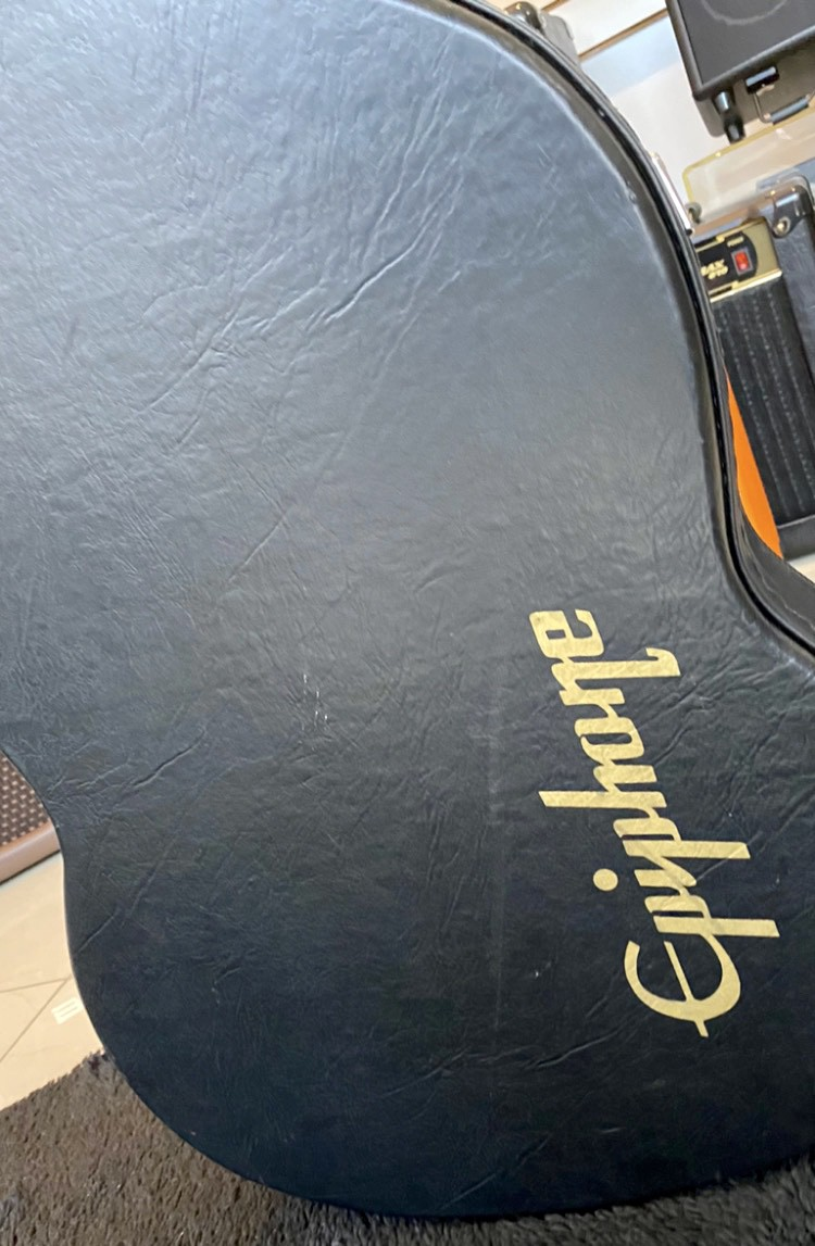 GUITARRA EPIPHONE SG G400 CHERRY (SEMI-NOVA) Com Hard Case Epiphone novo