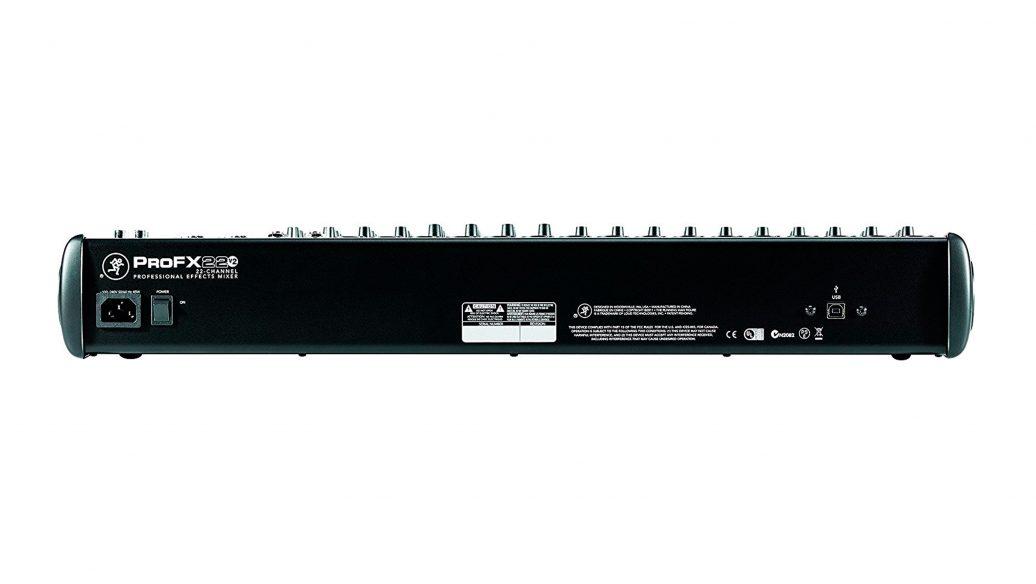 Mesa de Som Mackie ProFX22v2 com 4-bus Effects e USB 22 canais