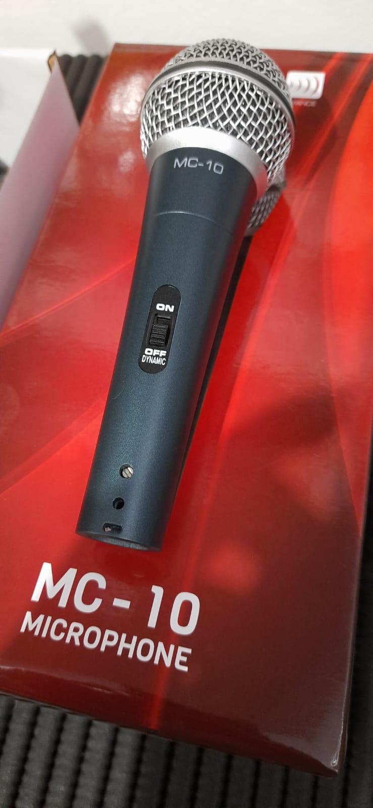 Microfone c/ Fio Vokal MC-10