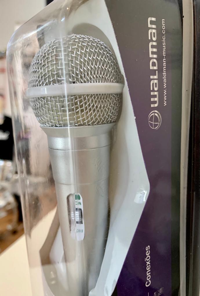 Microfone Waldman High Performance Dynamic Cardioide ATM-10 Prata