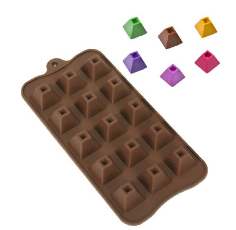 Forma de Silicone para Chocolate Piramide
