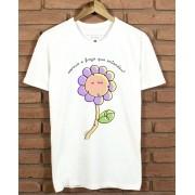 Camiseta Florzinha Sorrindo