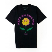 Camiseta Keep On - preta