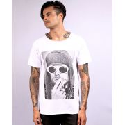 Camiseta Kurt Smoking