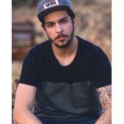 Camiseta Recortes Preto/Chumbo