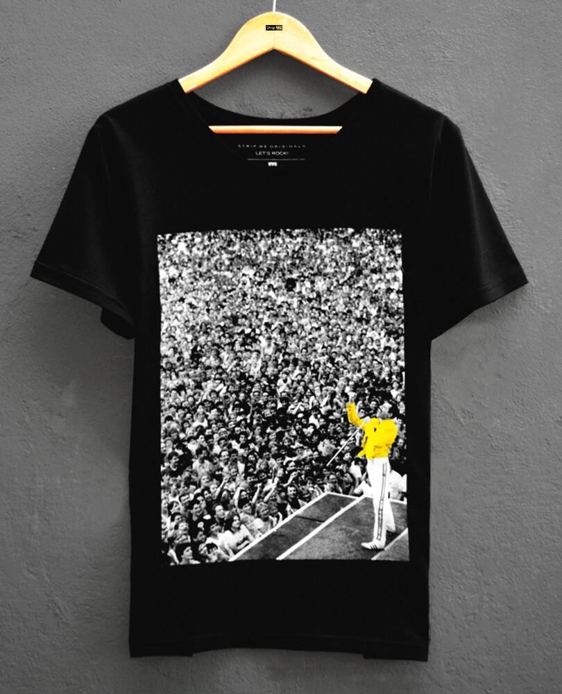 942c859a19 Uma Camiseta do Freddie Mercury que representa seu legado. Isso é o que  pensamos quando criamos essa camiseta masculina que se destaca em qualquer  look.