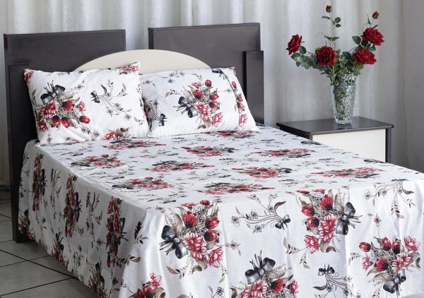 Colcha de casal texturatto estampada Rosas vermelhas com laços - OMA Enxovais