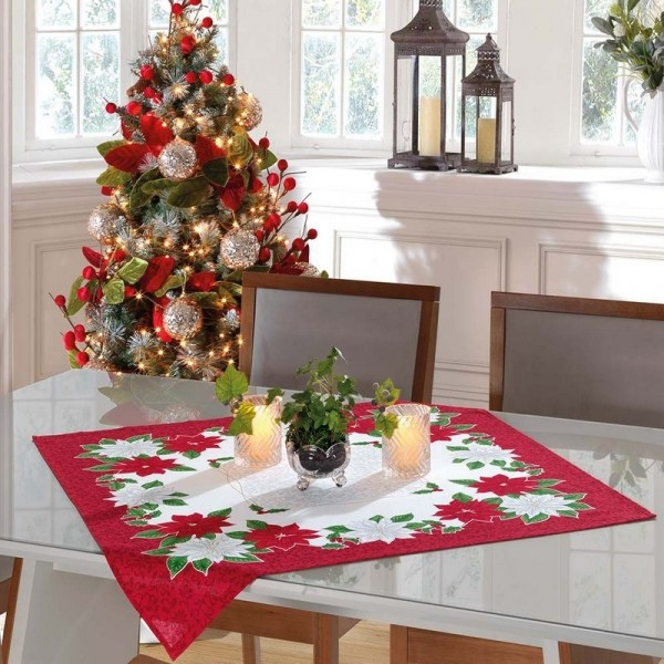 Toalha de Centro de Mesa Flores de Natal Branca e Vermelha 78cm x 78cm - Dohler
