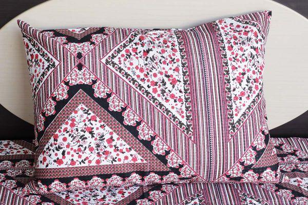 Fronha de travesseiro texturatto estampada floral com detalhes geométricos - OMA Enxovais