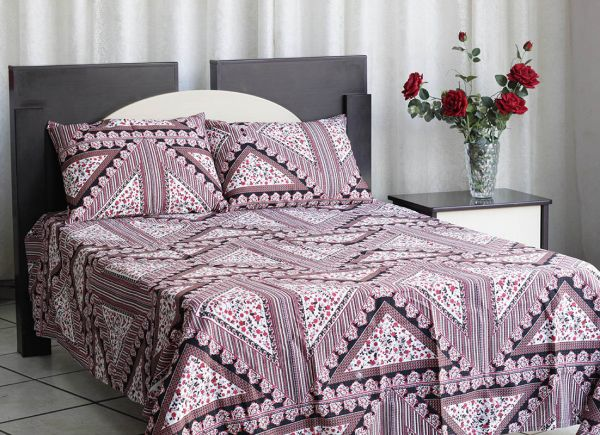 Kit colcha de casal texturatto estampada Floral com detalhes Geométricos - OMA Enxovais