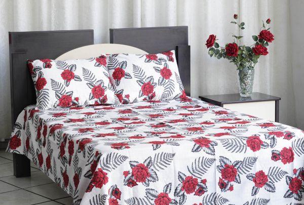Kit colcha de casal texturatto estampada Rosas Vermelhas com fundo Branco - OMA Enxovais