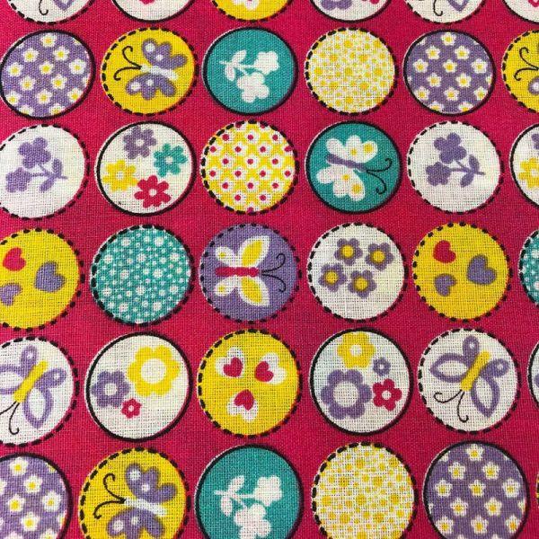 Tecido Tricoline Textoleen Mista Borboletas e flores 1,40m Largura 50% Poliéster 50% Algodão