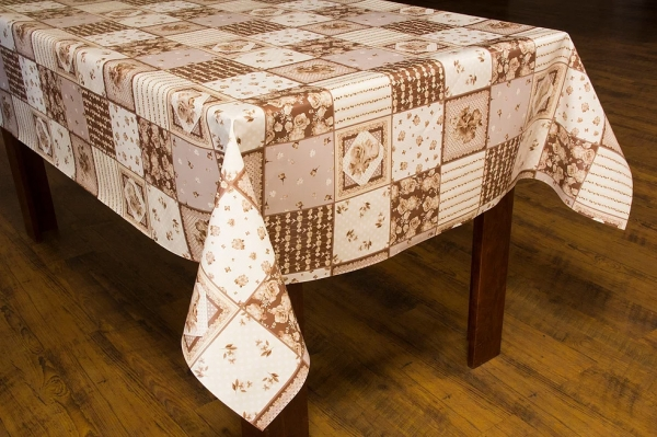 Toalha de mesa térmica Dekorama Floral Patchwork Bege