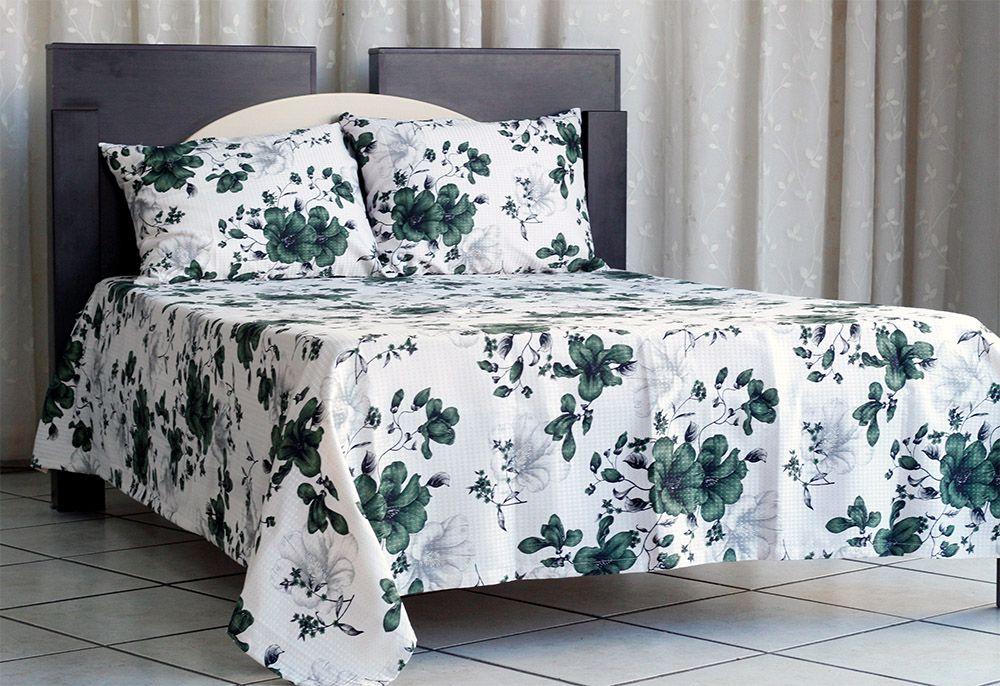 Colcha de casal piquet estampada flores verdes - OMA Enxovais