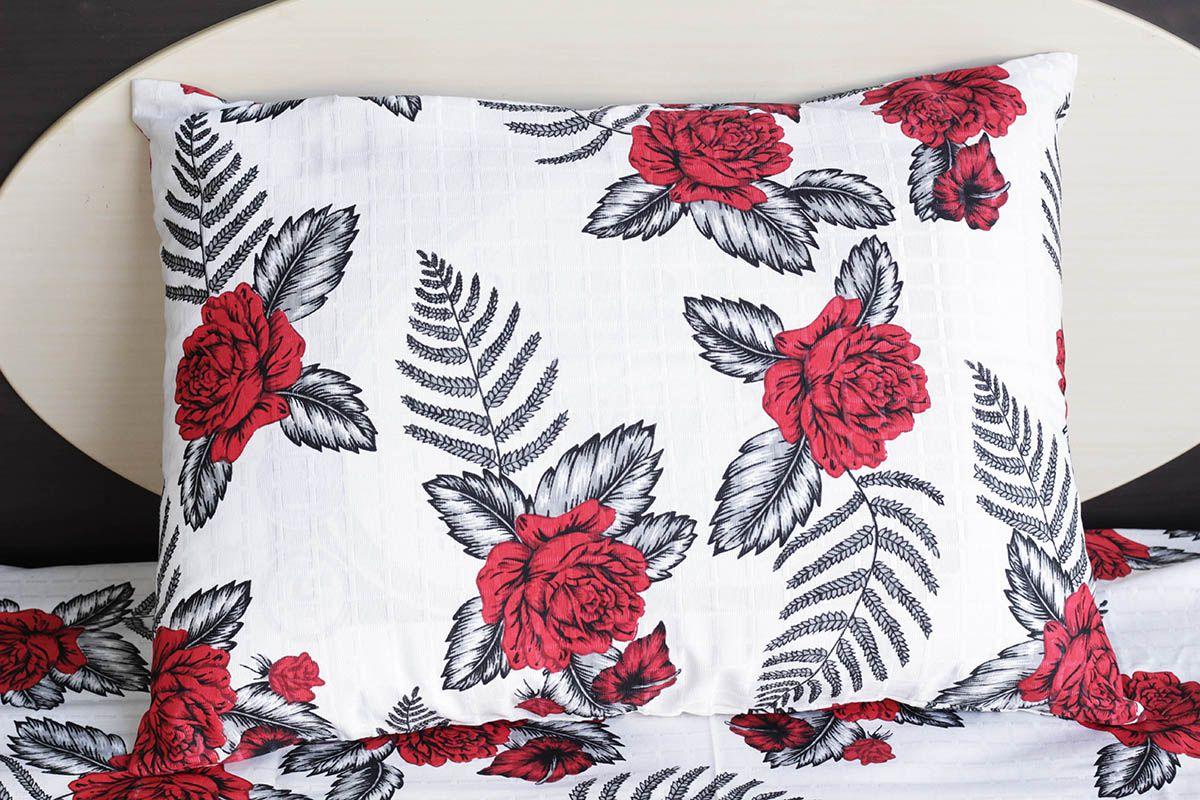 Fronha de travesseiro texturatto estampada rosas vermelhas com fundo branco - OMA Enxovais