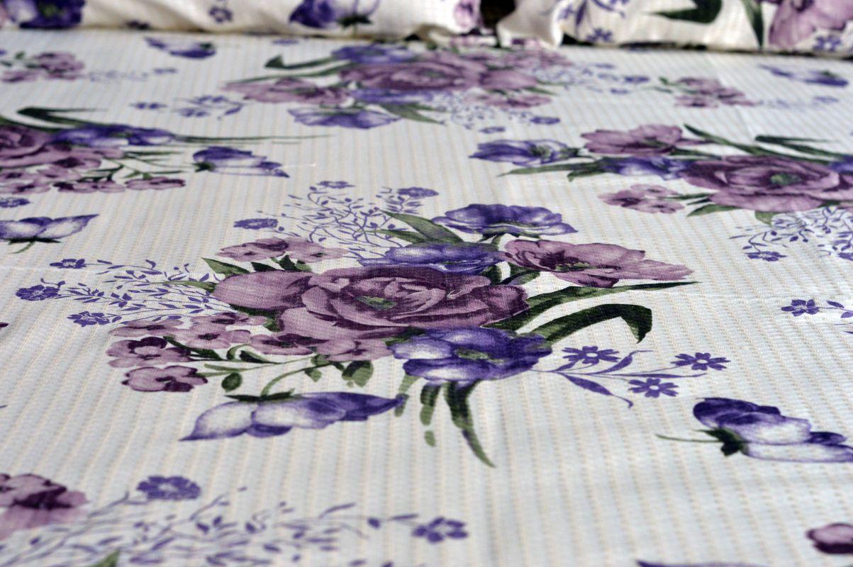 Kit colcha queen piquet estampada Flores Lilás  - OMA Enxovais