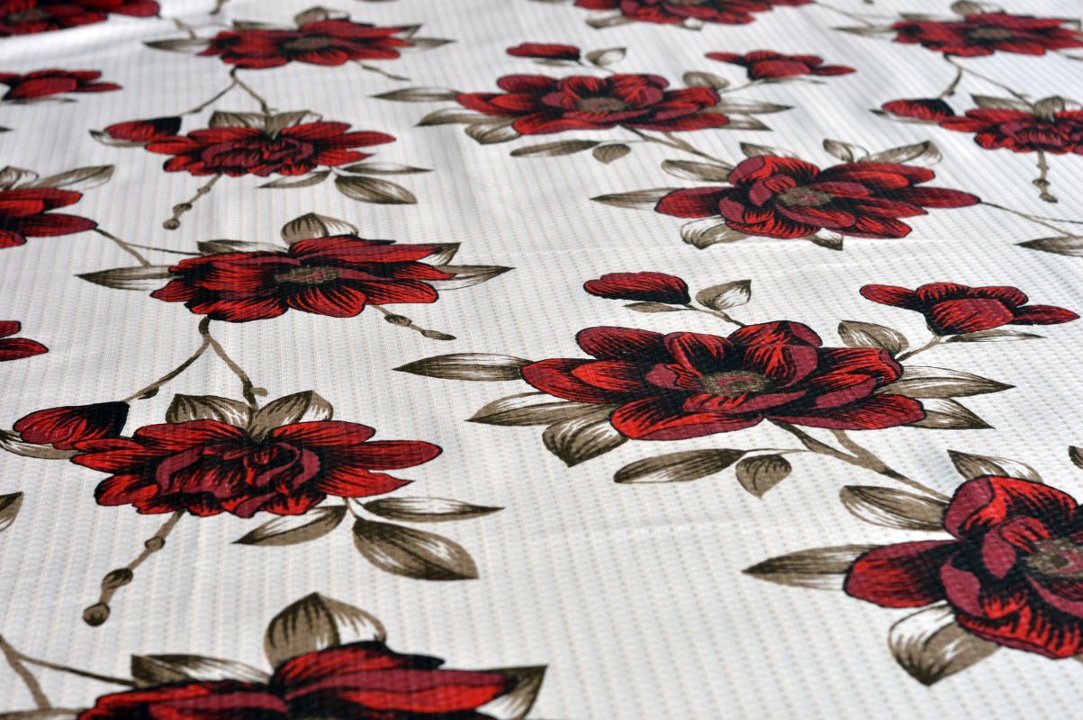 Kit colcha  queen piquet estampada Flores Vermelhas - OMA Enxovais