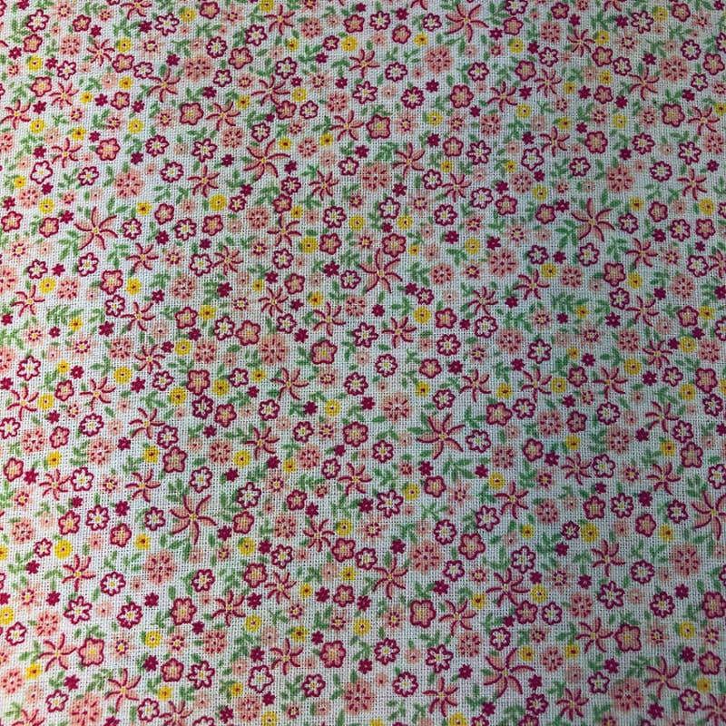 Tecido Tricoline Textoleen Mista Flores Pequenas 1,40m Largura 50% Poliéster 50% Algodão