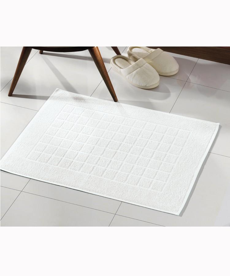 Toalha para Piso Felpudo Branco Liso Royal II - Dohler