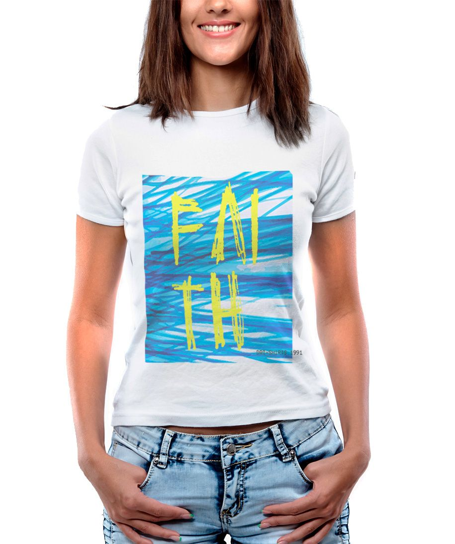Blusa Feminina T-Shirt  Manga Curta Estampa Rabiscos Faith.