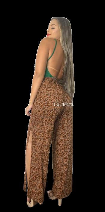 Calça Plus Size  Pantalona Animal Print Cós Alto Oncinha Fenda Lateral