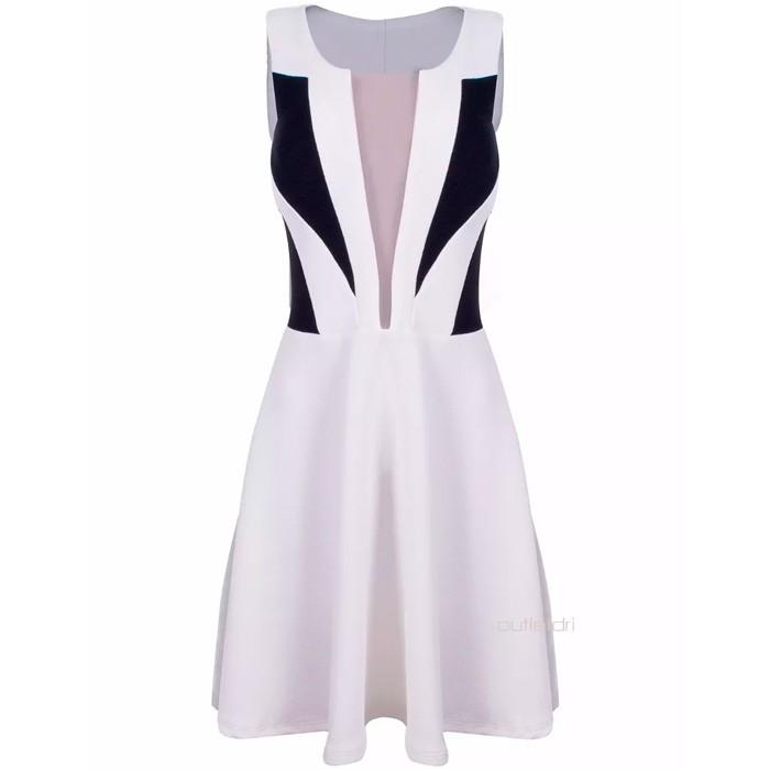Vestido Godê Bicolor 3d Preto E Branco Decote Longo Tule