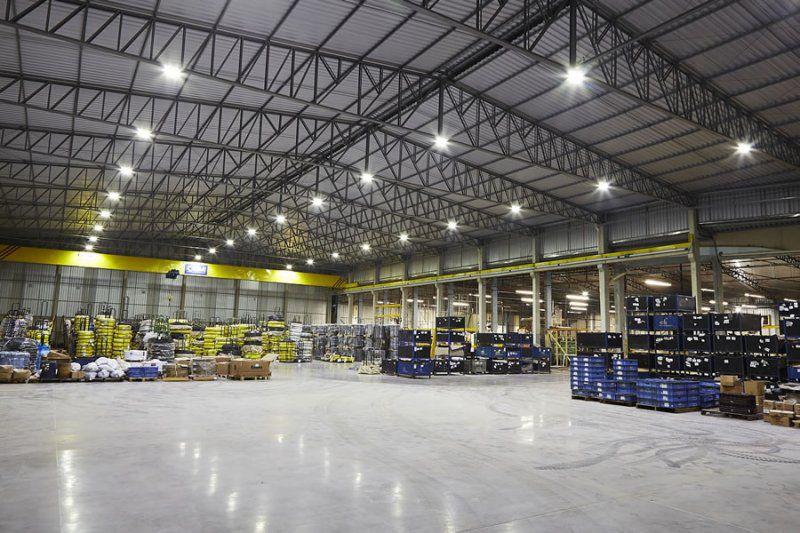 Lâmpada Industrial E27 Led  60w Bivolt 6500lm P Galpões