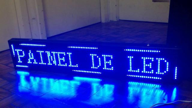 Painel De Led Letreiro Digital Indoor Azul 135x40